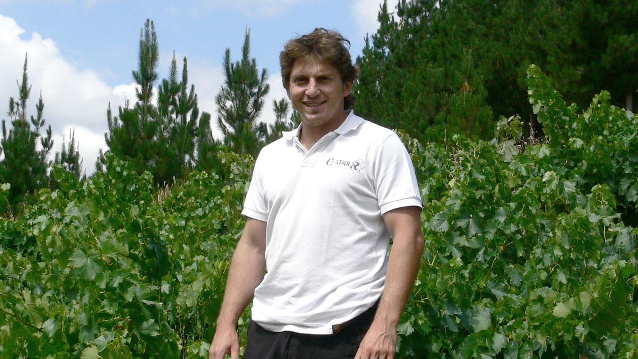 Gregory Perez
